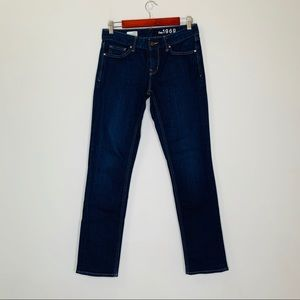 Gap Real Straight Dark Wash Mid Rise Jeans stretch